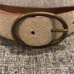 Leather Lucky Brand Belt. Cream, embroidery detail
